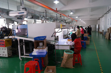 Lens production line (2)